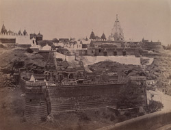 View looking towards the Northern Ridge from the Adishvara Bhagarai Temple, and showing the Vallabhai Tuk and the Chaumukh Temple, Satrunjaya